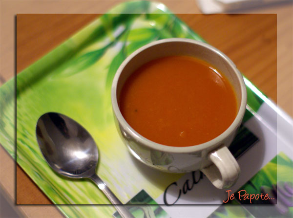 soupe rouge carotte tomate poivron courgette je papote. Black Bedroom Furniture Sets. Home Design Ideas