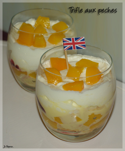 Trifle aux pêches (Angleterre)