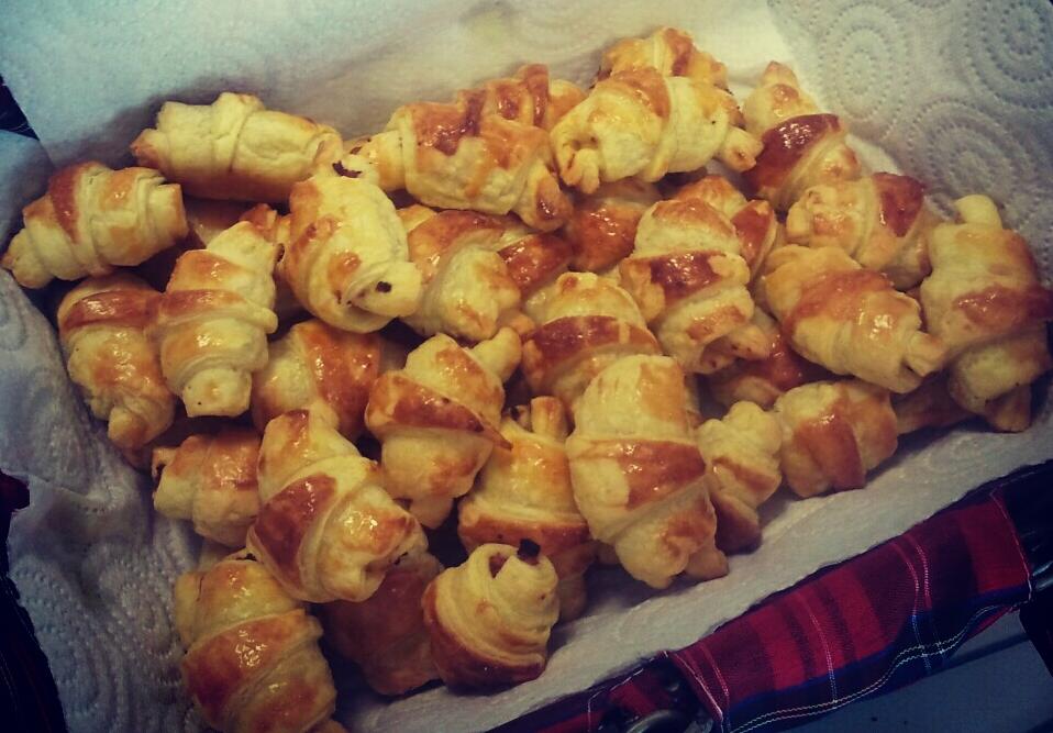 Petits croissants au jambon