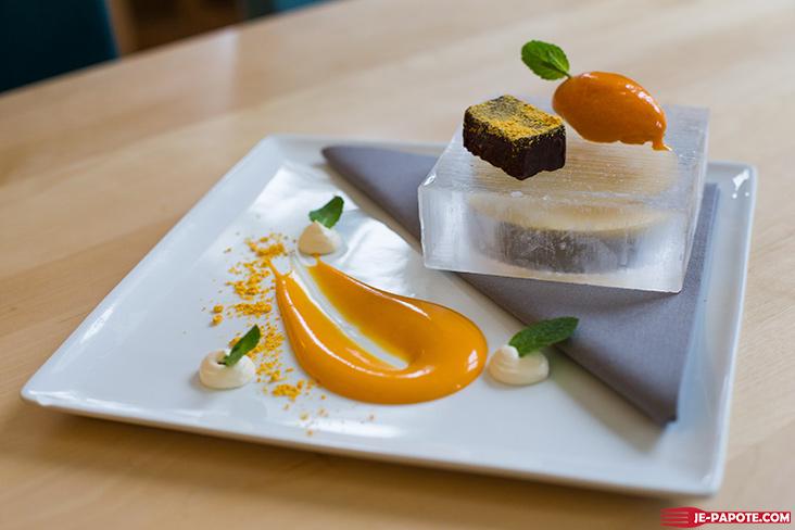 Dessert restaurant Ice Hotel