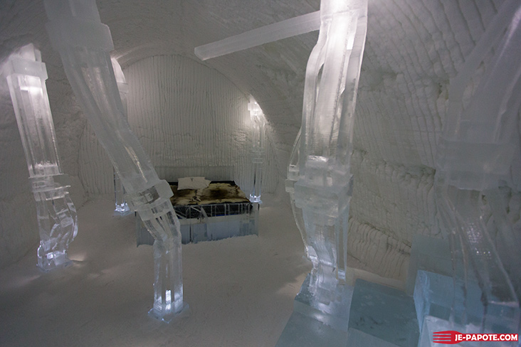 Chambre Solid Flow Art Suite Ice Hotel