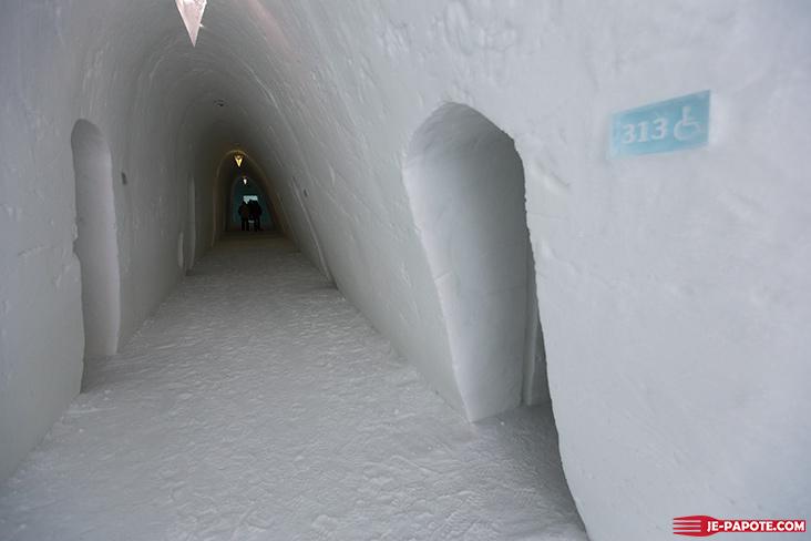 Couloir Ice Hotel Suède