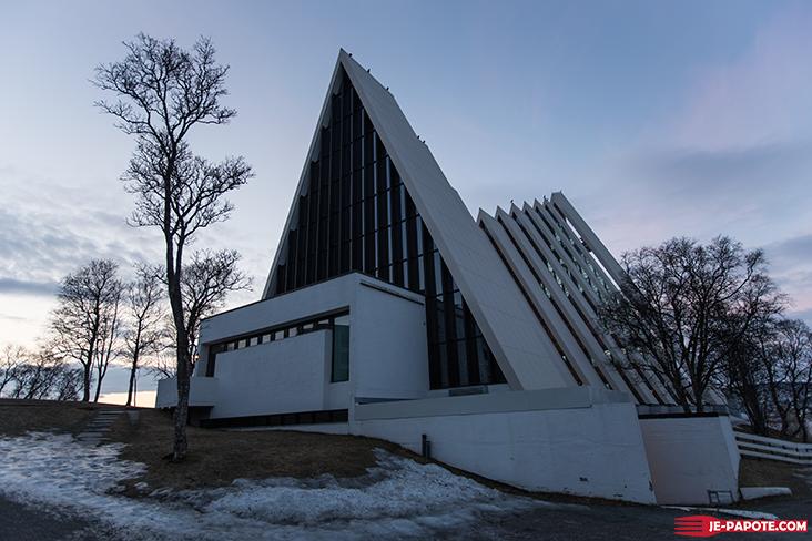 polar-church-tromso-3