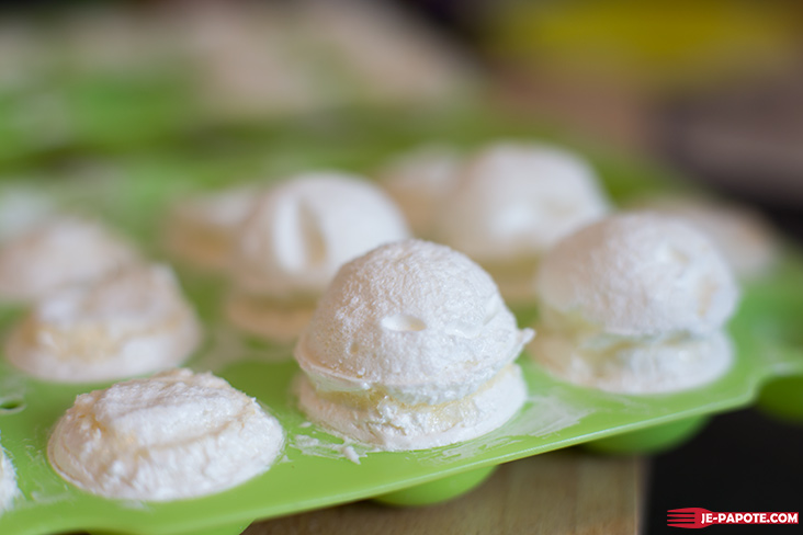 sphere meringue