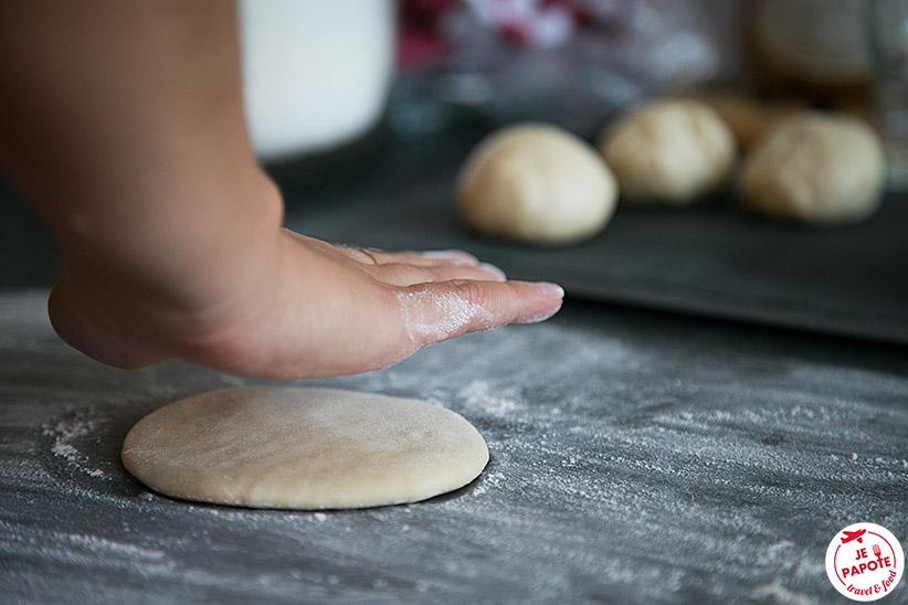 Façonnage Faratas / Rotis