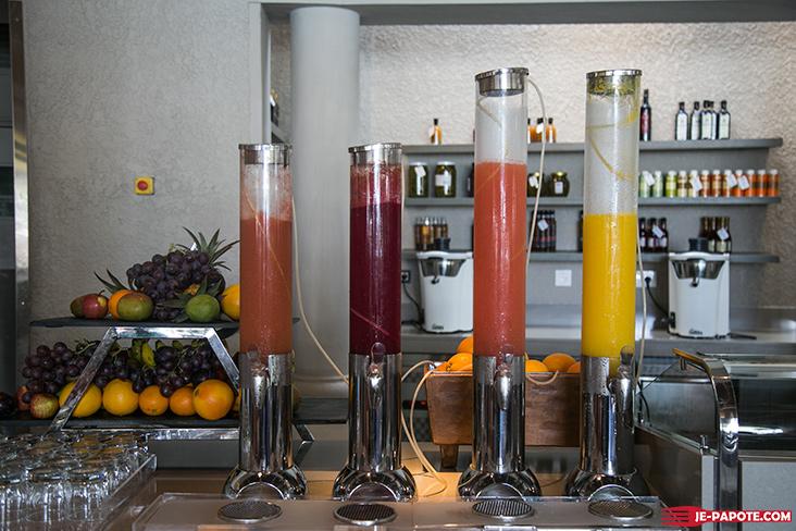 jus de fruits frais LUX*