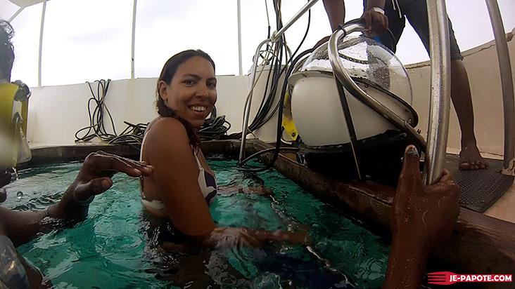 Marche sous l'eau scaphandre