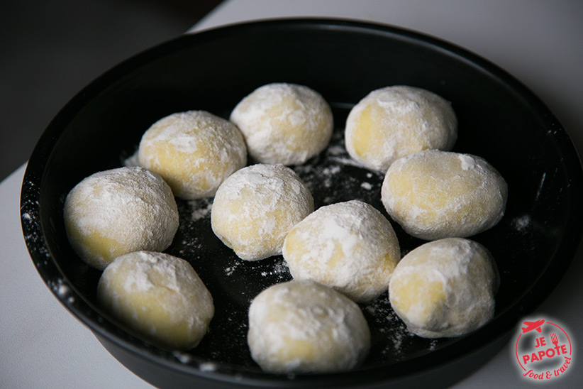 fariner boules de pâte