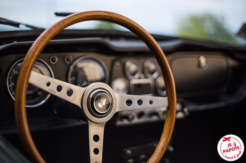 Volant Triumph TR4