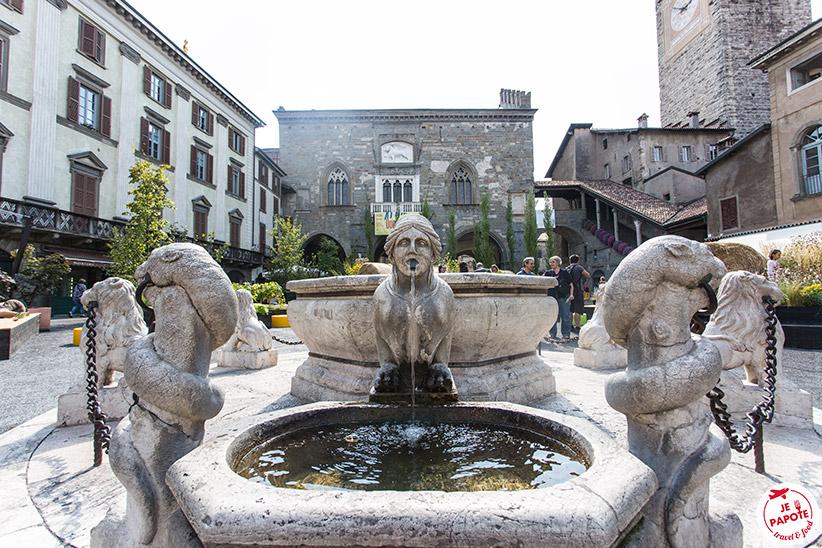 Fontaine Piazza Vecchia
