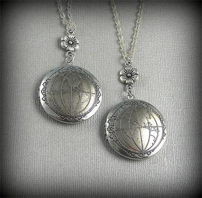 medaillon-globe