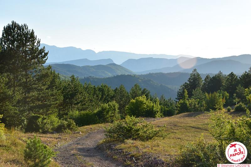 Leshnjë - Fin de journée dans les montagne du sud de l'Albanie