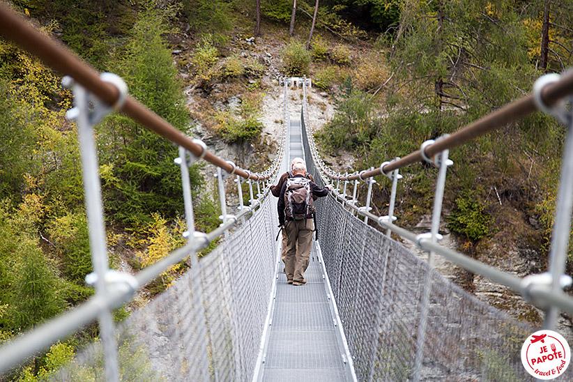Pont suspendu Ossona