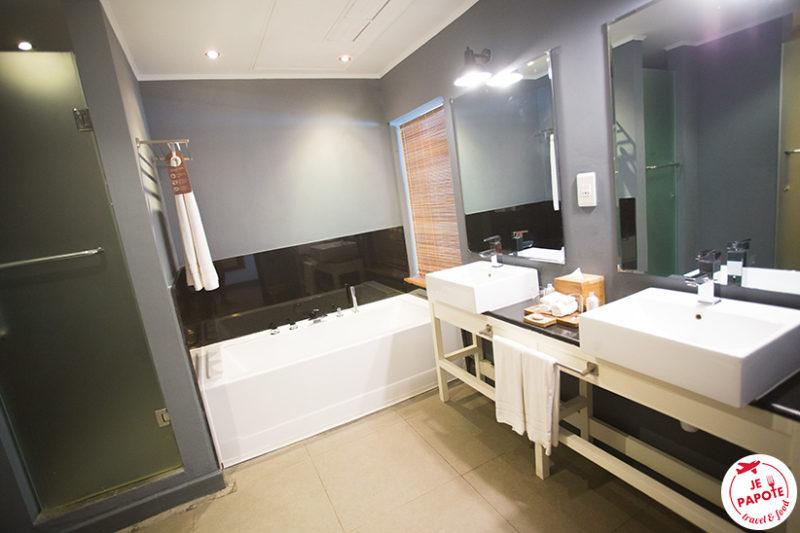 salle de bain ravenala attitude