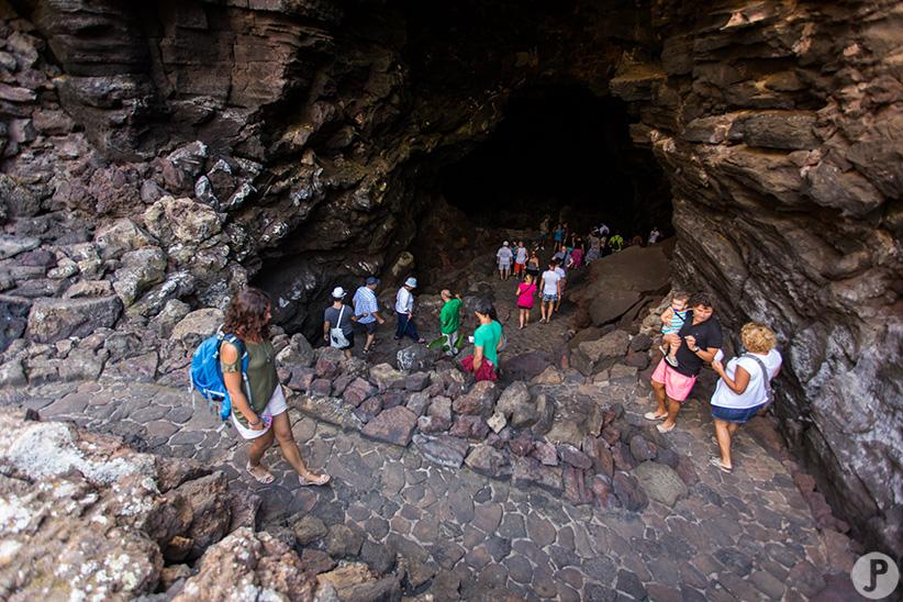 visite Cueva de los verdes